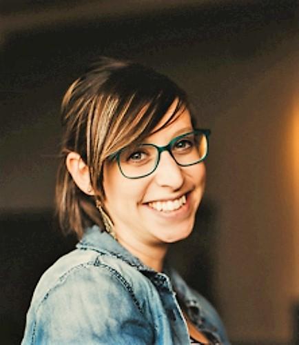 ANNA KOHLER : Volunteer/Event Coordinator